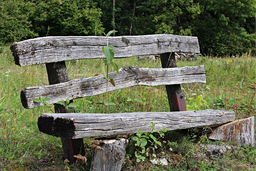 old-wood-bench-425645__340.jpg