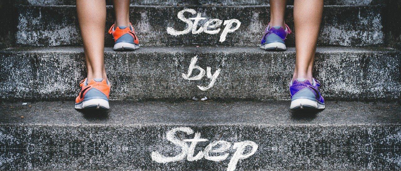 stairs-4574579_1280.jpg